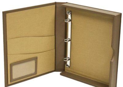 guest presentation box
